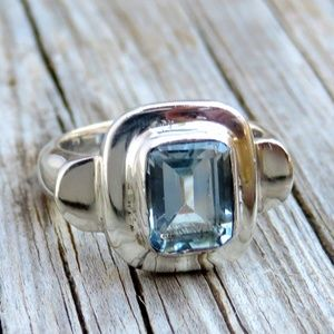 Vintage Sterling Silver Natural Aquamarine Ring